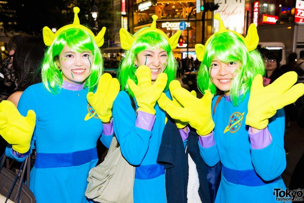 Halloween Eve in Japan - Costumes in Shibuya (96)