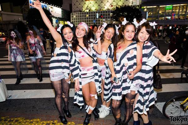 Halloween Eve in Japan - Costumes in Shibuya (99)