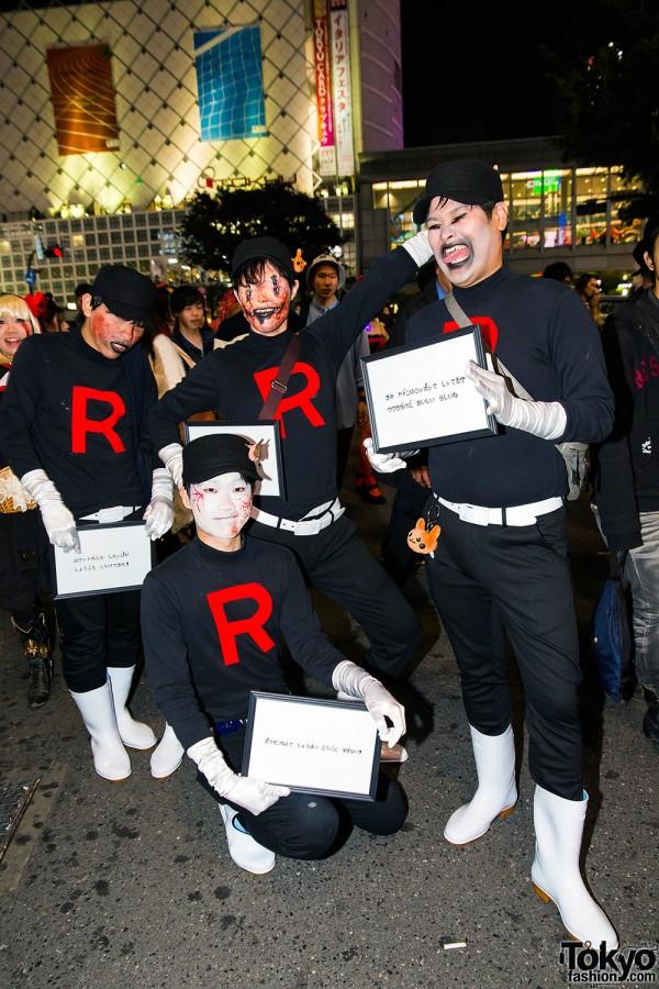 Halloween Eve in Japan - Costumes in Shibuya (102)