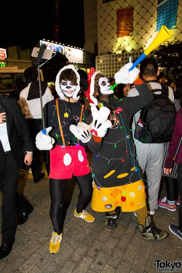 Halloween Eve in Japan - Costumes in Shibuya (108)