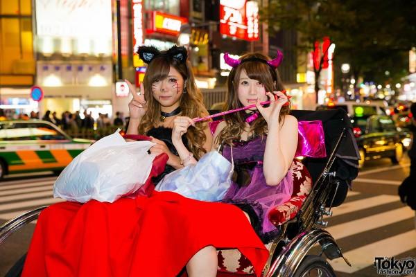 Halloween Eve in Japan - Costumes in Shibuya (118)