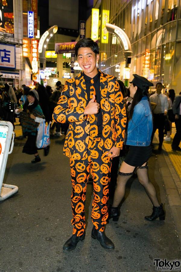 Halloween Eve in Japan - Costumes in Shibuya (122)