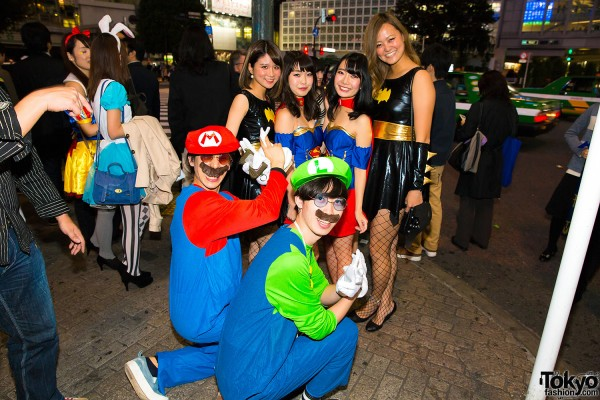 Halloween Eve in Japan - Costumes in Shibuya (137)