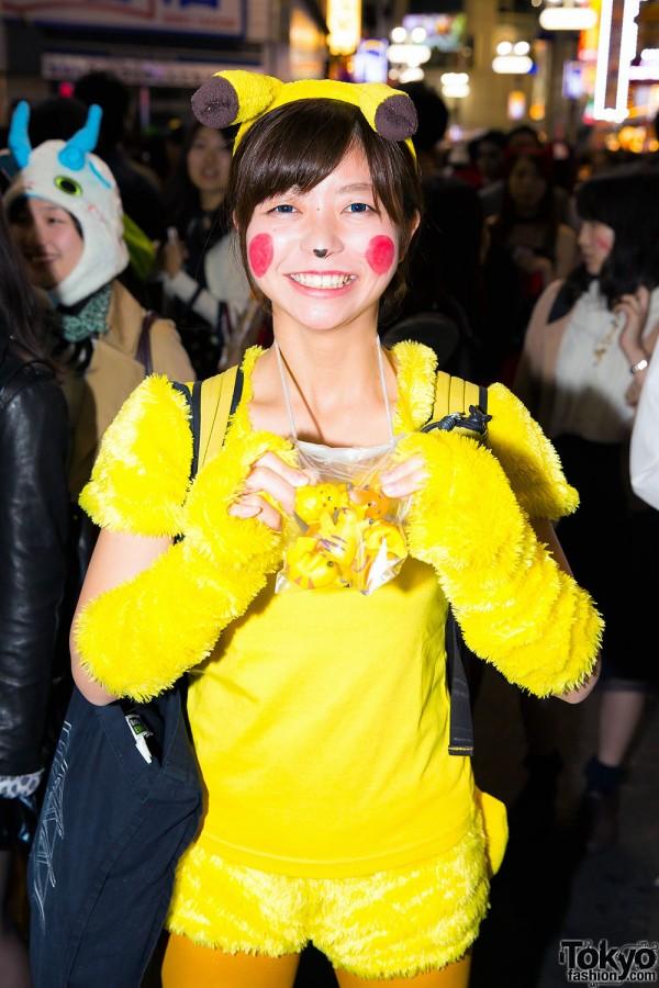 Halloween Eve in Japan - Costumes in Shibuya (138)