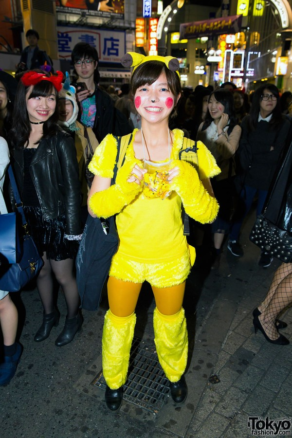 Halloween Eve in Japan - Costumes in Shibuya (139)