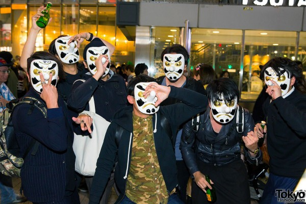 Halloween Eve in Japan - Costumes in Shibuya (141)