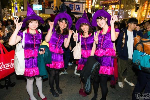 Halloween Eve in Japan - Costumes in Shibuya (142)