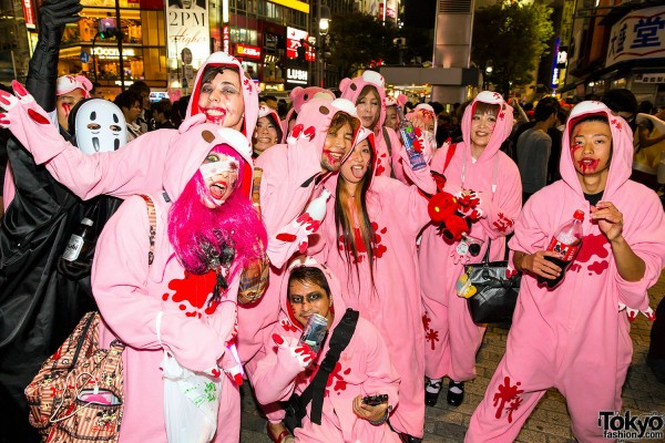 Halloween Eve in Japan - Costumes in Shibuya (144)