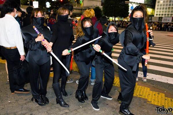 Halloween Eve in Japan - Costumes in Shibuya (145)