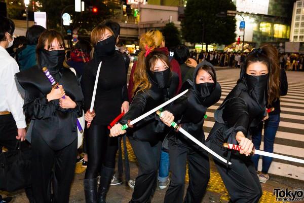 Halloween Eve in Japan - Costumes in Shibuya (146)