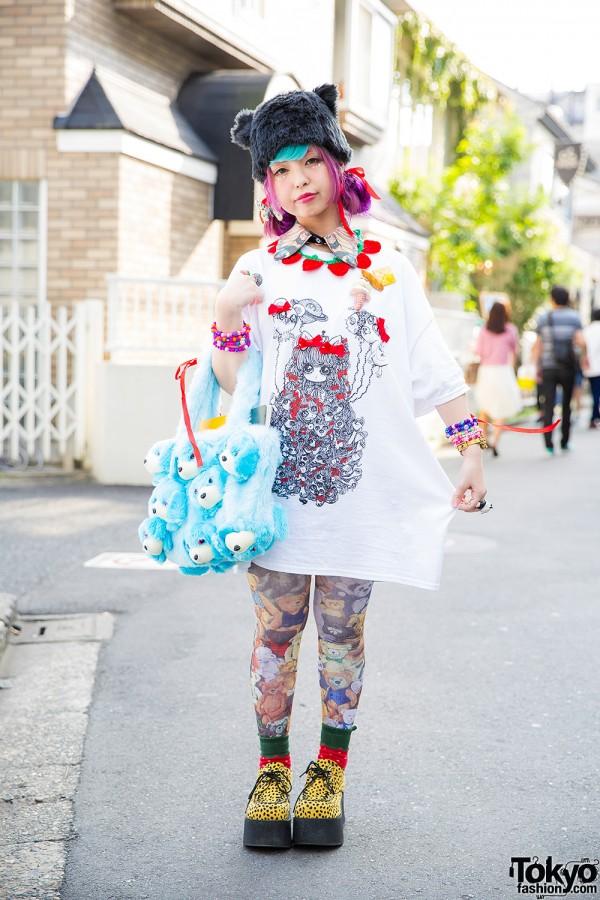 Harajuku Girl w/ Pink Hair, Ahcahcum Muchacha Plush Dogs Bag & Butterfly Earrings