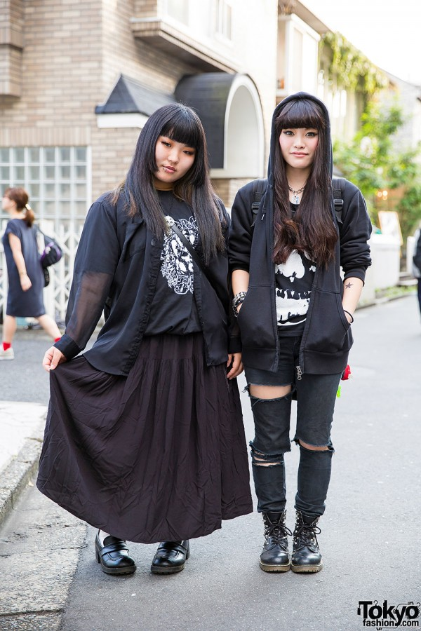 Harajuku Girls in Black Fashion w/ Hoodie, Ripped Jeans, Boots & Studded Accessories