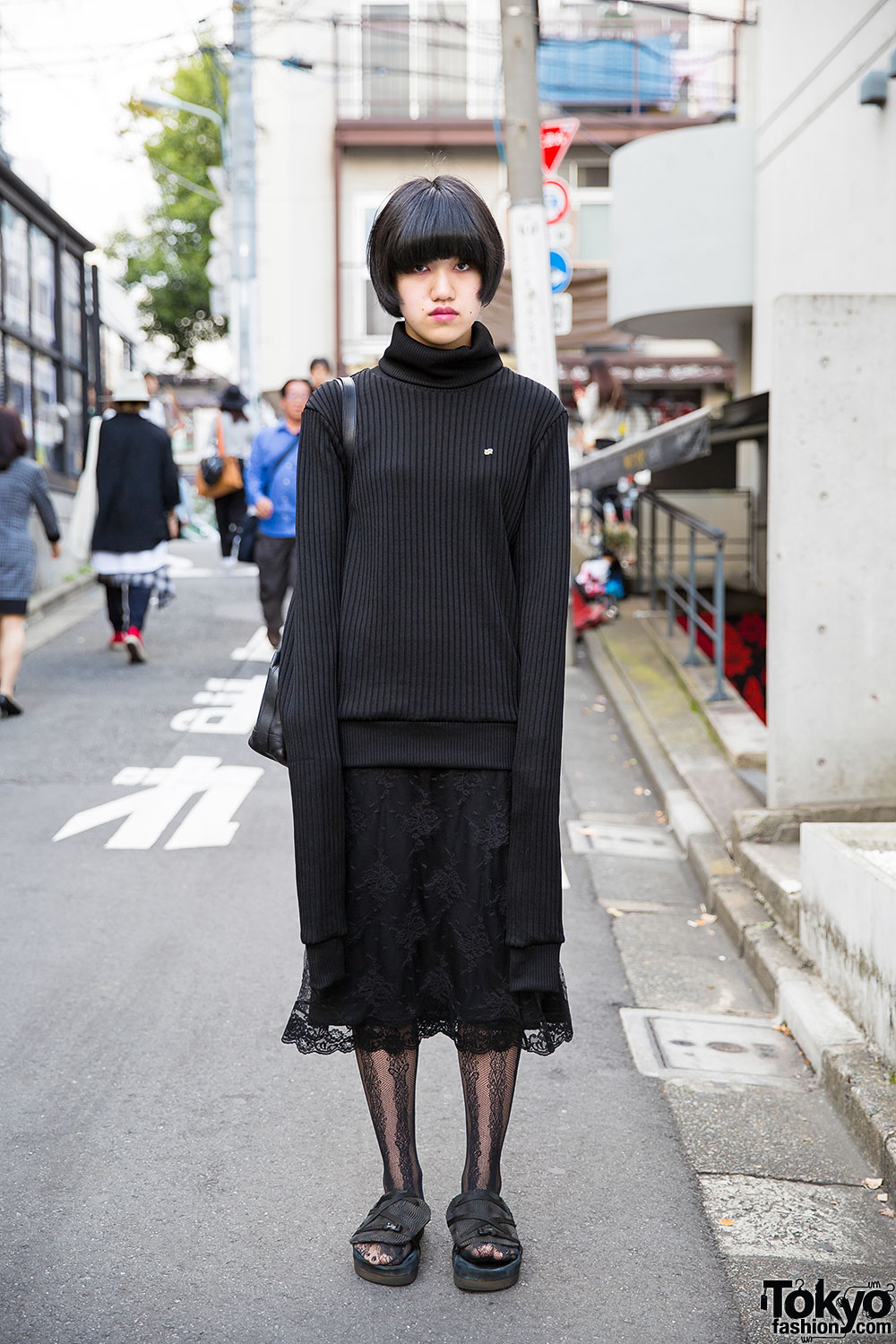 Harajuku Girl in All Black w/ Extra Long Sleeve 99% IS Turtleneck ...