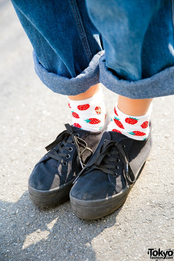 WEGO Sneakers & Strawberry Socks