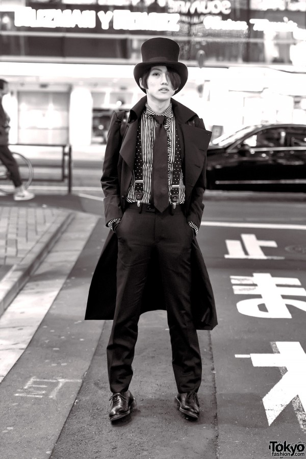 Harajuku Guy in Neo Classical Goth Fashion