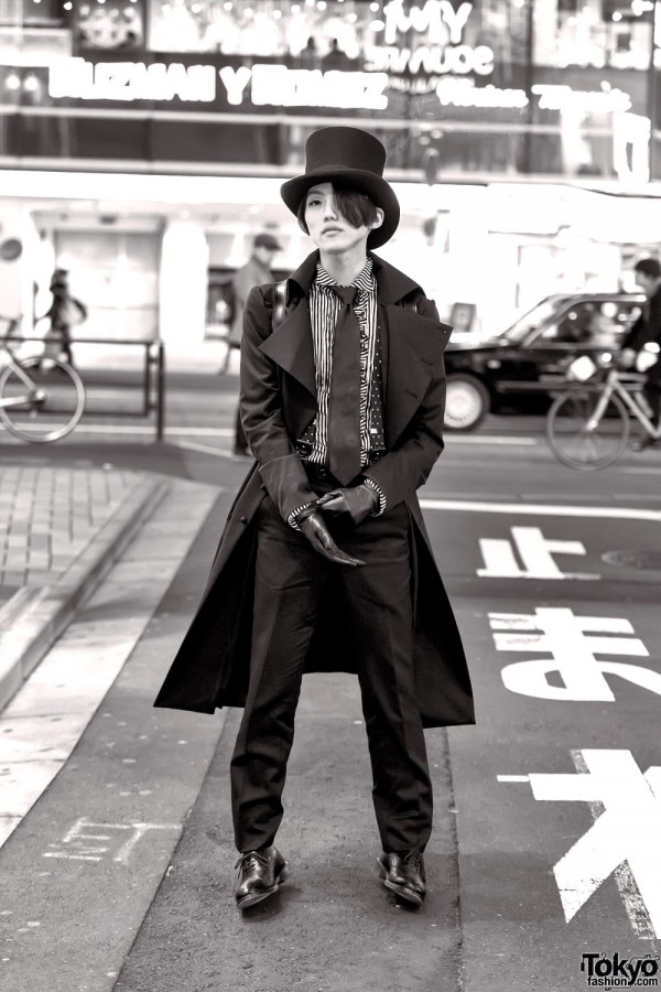 Gothic Dandy Fashion in Harajuku