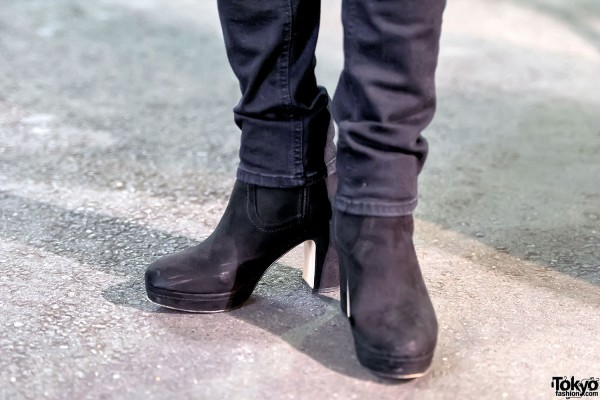 H&M Suede Heels & Never Mind The XU Ripped Jeans