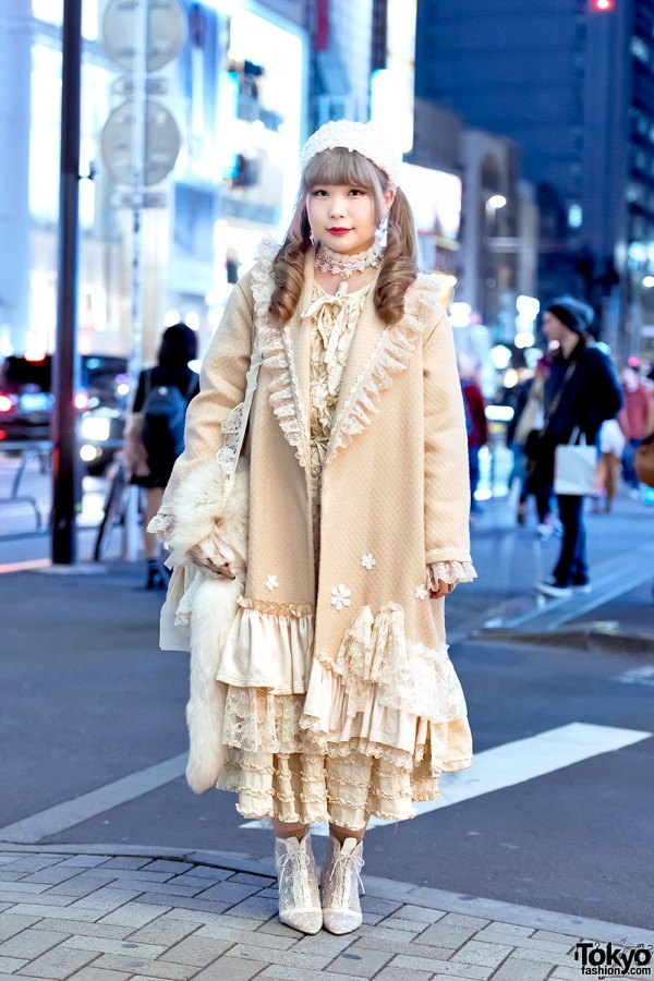 Harajuku Girl in Vintage & Handmade Fashion