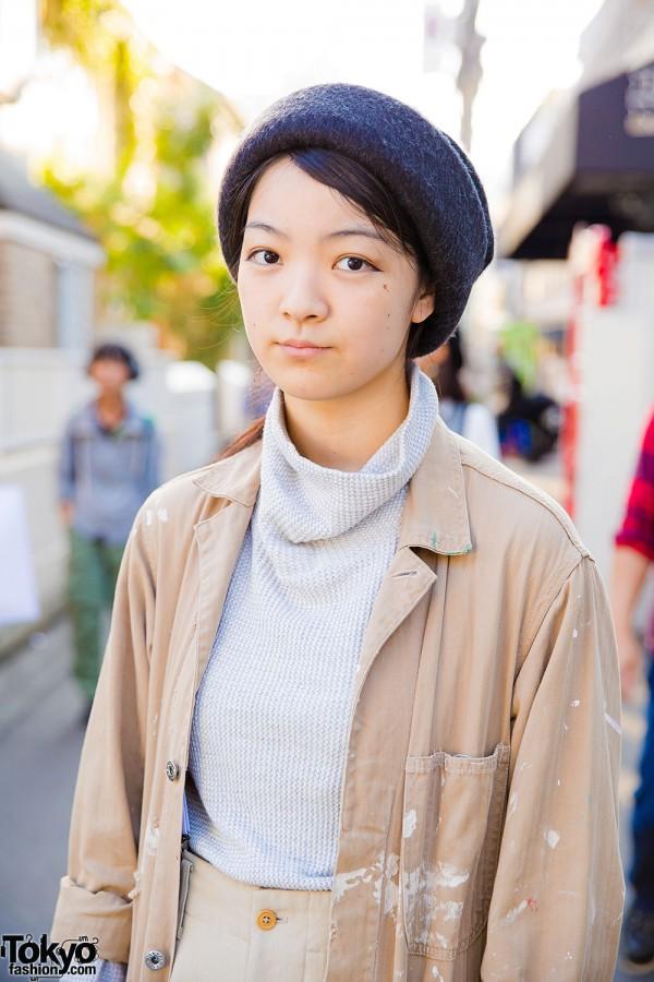 Minimalist Look with Turtleneck Sweater