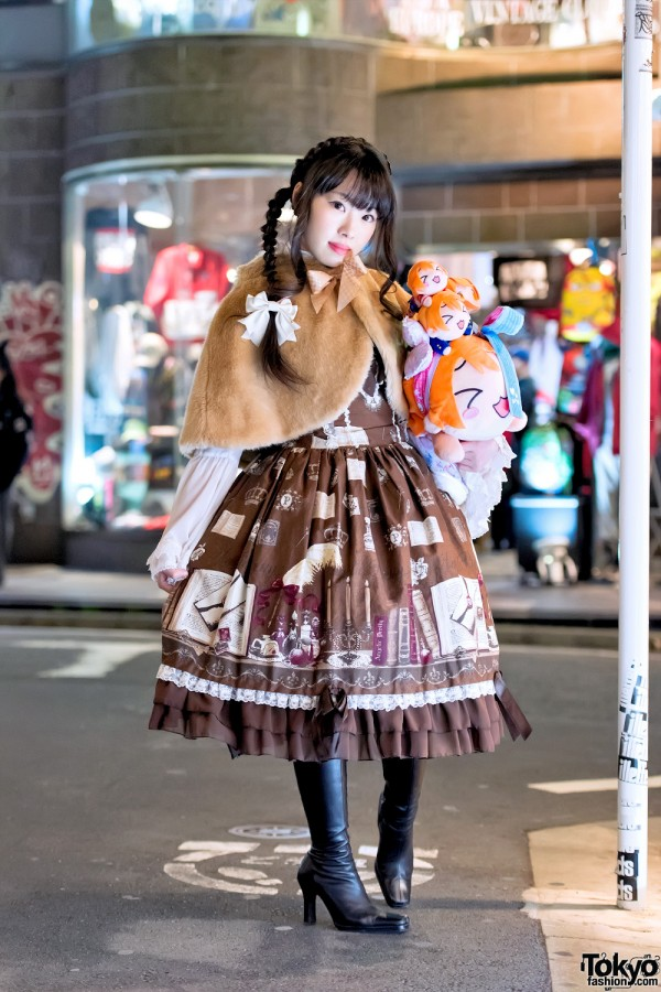 Japanese Lolita Fashion Meets Love Live! on the Street in Harajuku