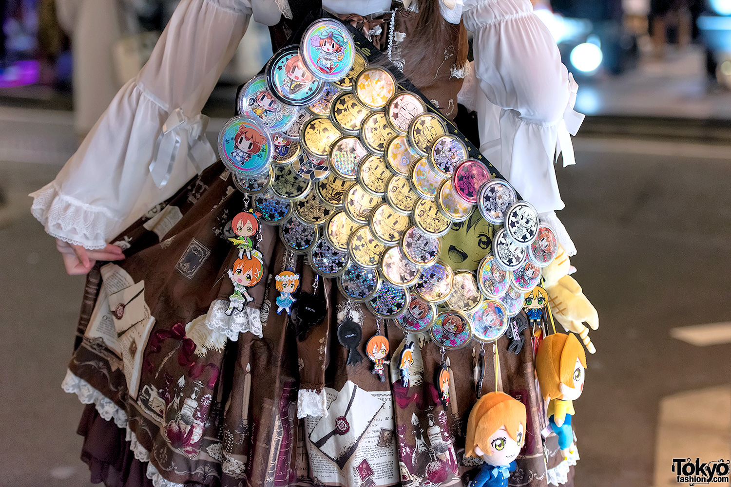 Japanese Lolita Fashion Meets Love Live On The Street In