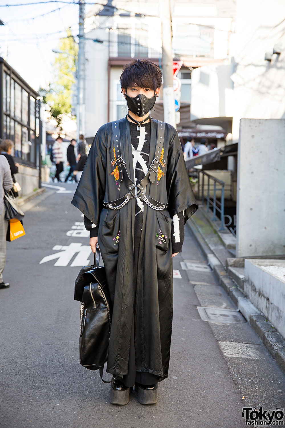 Tokyo Fashion 19 Year Old Japanese Fashion Students Gothmura And Ayaca On The Street In