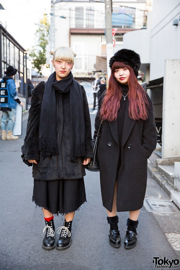 Harajuku Girls in All Black Street Styles