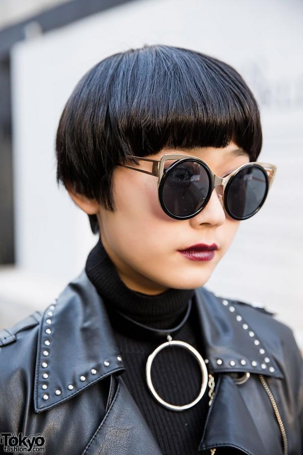 Short Japanese Hairstyle & Sunglasses