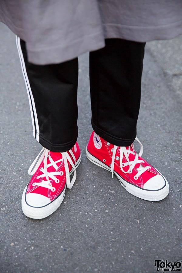 revendeur 1686a b21db Adidas Pants & Red Converse – Tokyo Fashion News