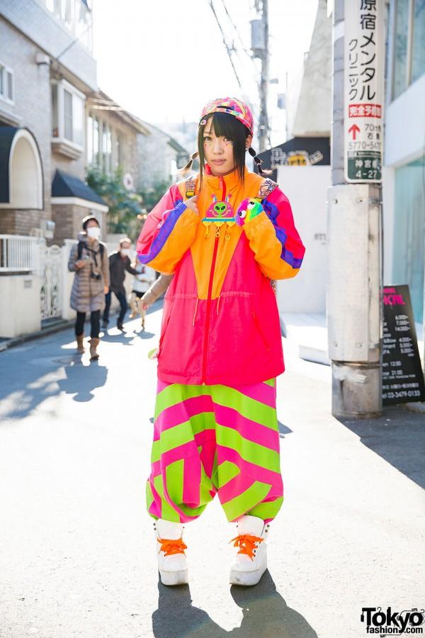 Harajuku Girl in Colorful Fashion w/ Spinns, Kinji, Yoshida Biizu & Grawzulz
