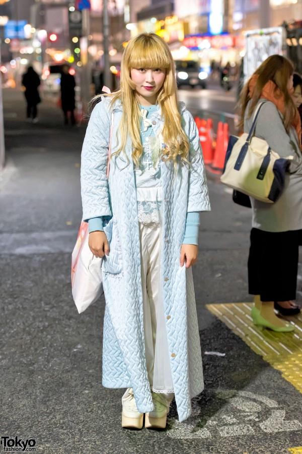 Vintage Harajuku Style w/ Long Quilted Coat, Ballet Bag & Tokyo Bopper Platforms