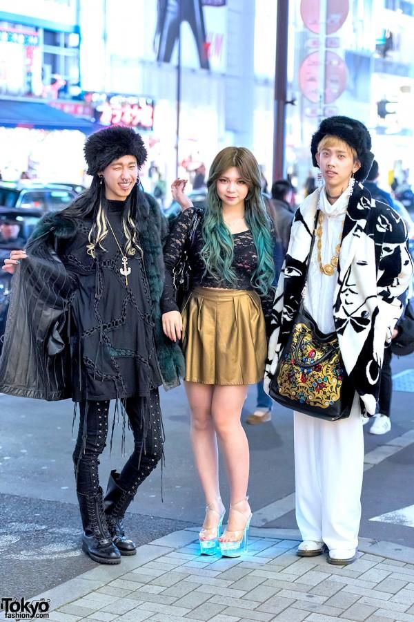 Harajuku Twins in Faux Fur, KTZ & Giza w/ Harajuku Girl in Lighted Heels & Green Hair