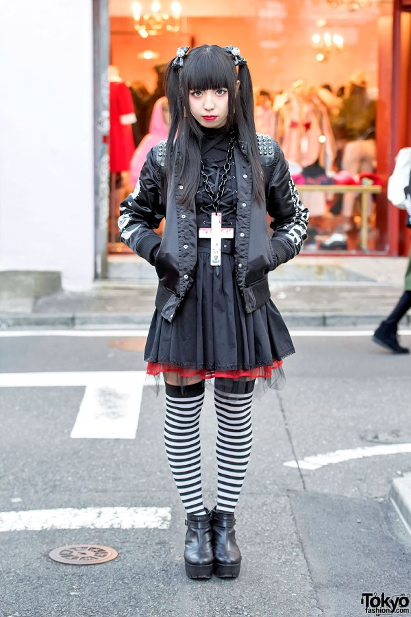 Dark Harajuku Street Fashion w/ KillStar, Glad News & tutuHa