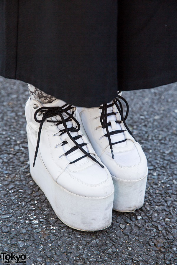 YRU Platforms, White