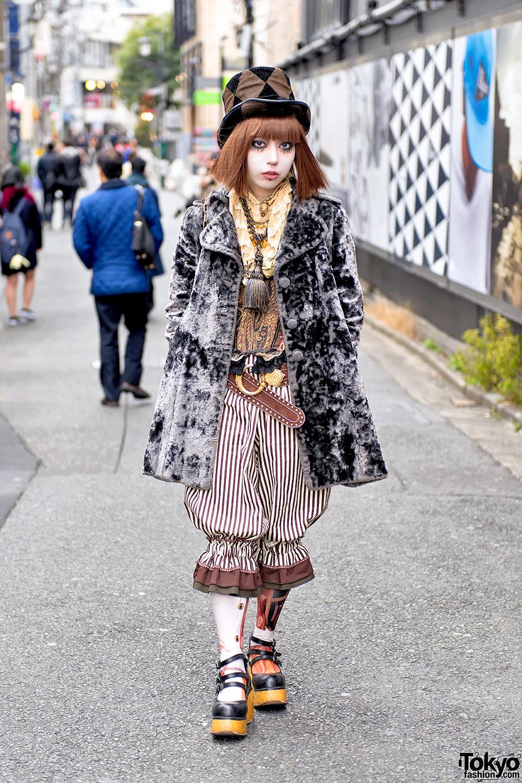 Harajuku Girl In Kiki Rara Shoten Corset Dangerous Nude Miho Matsuda