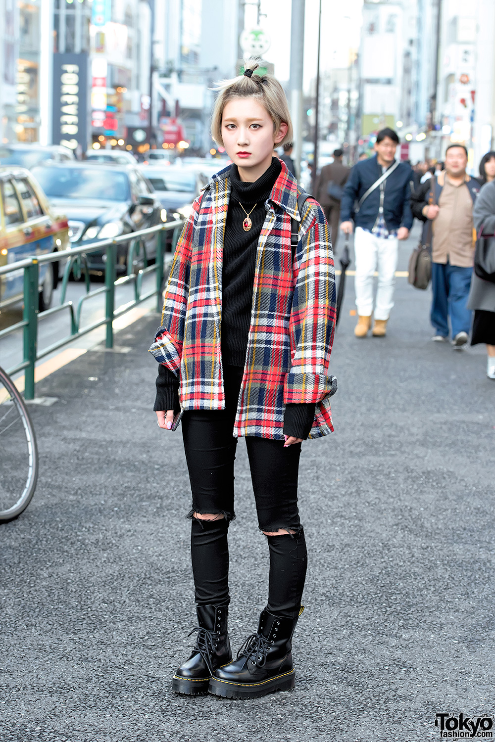 Plaid Shirt Ripped Skinny Jeans Dr Martens Boots Amp Unif