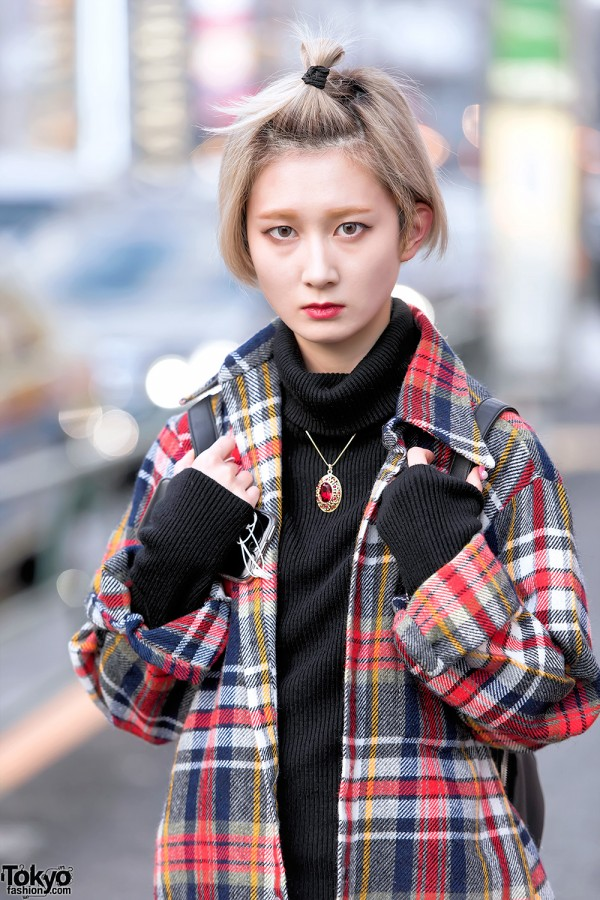 Harajuku Girl in Resale Plaid Style