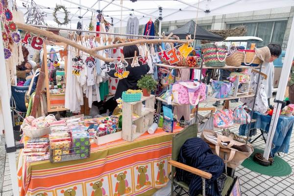 Raw Tokyo Vintage Fashion Flea Market (15)
