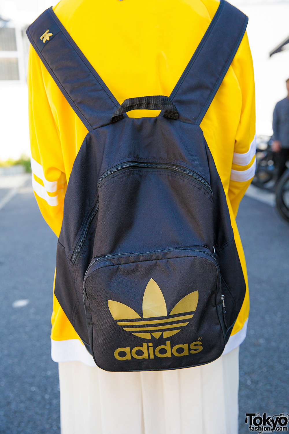 8066b06b886f Buy adidas sackpack yellow   OFF49% Discounted