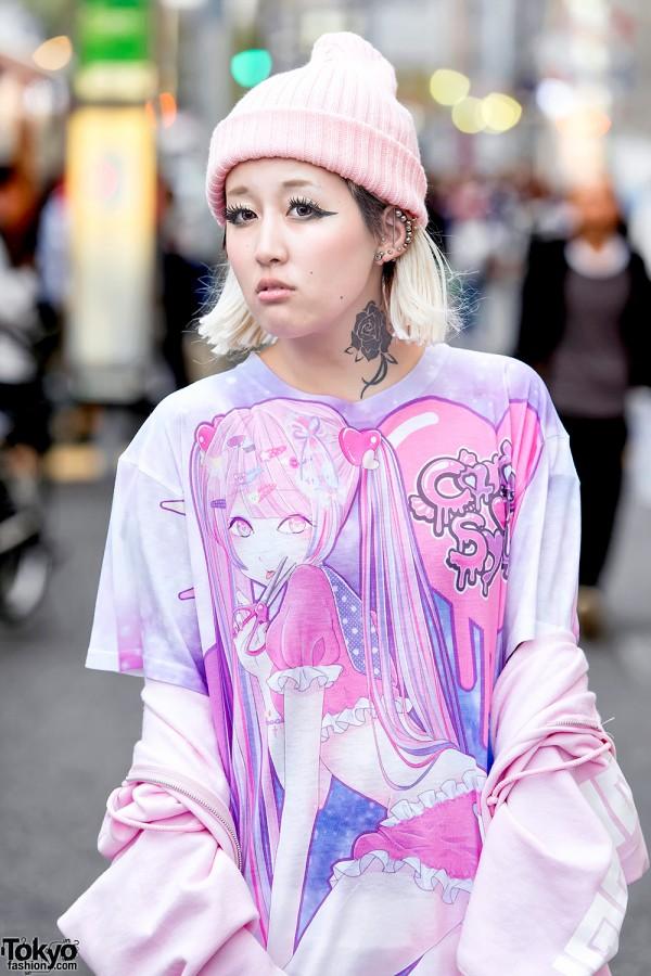 Harajuku Girl in Manga Artwork T-Shirt