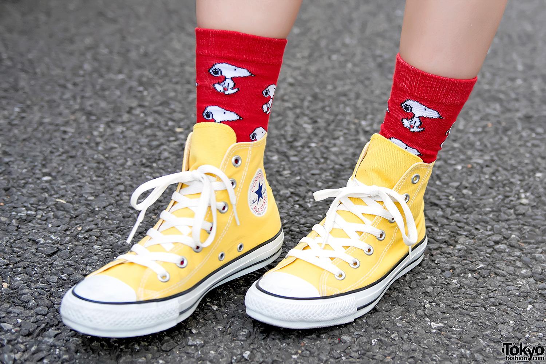 - Super Cute Snoopy & Charlie Brown Street Styles In Harajuku