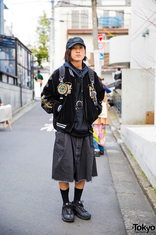 Harajuku Guy in Dragon Sukajan, TTT_MSW Hoodie, Hiro Pants & Nike Sneakers