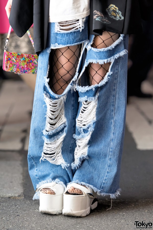 Ripped Jeans Over Fishnets & Platform Sandals