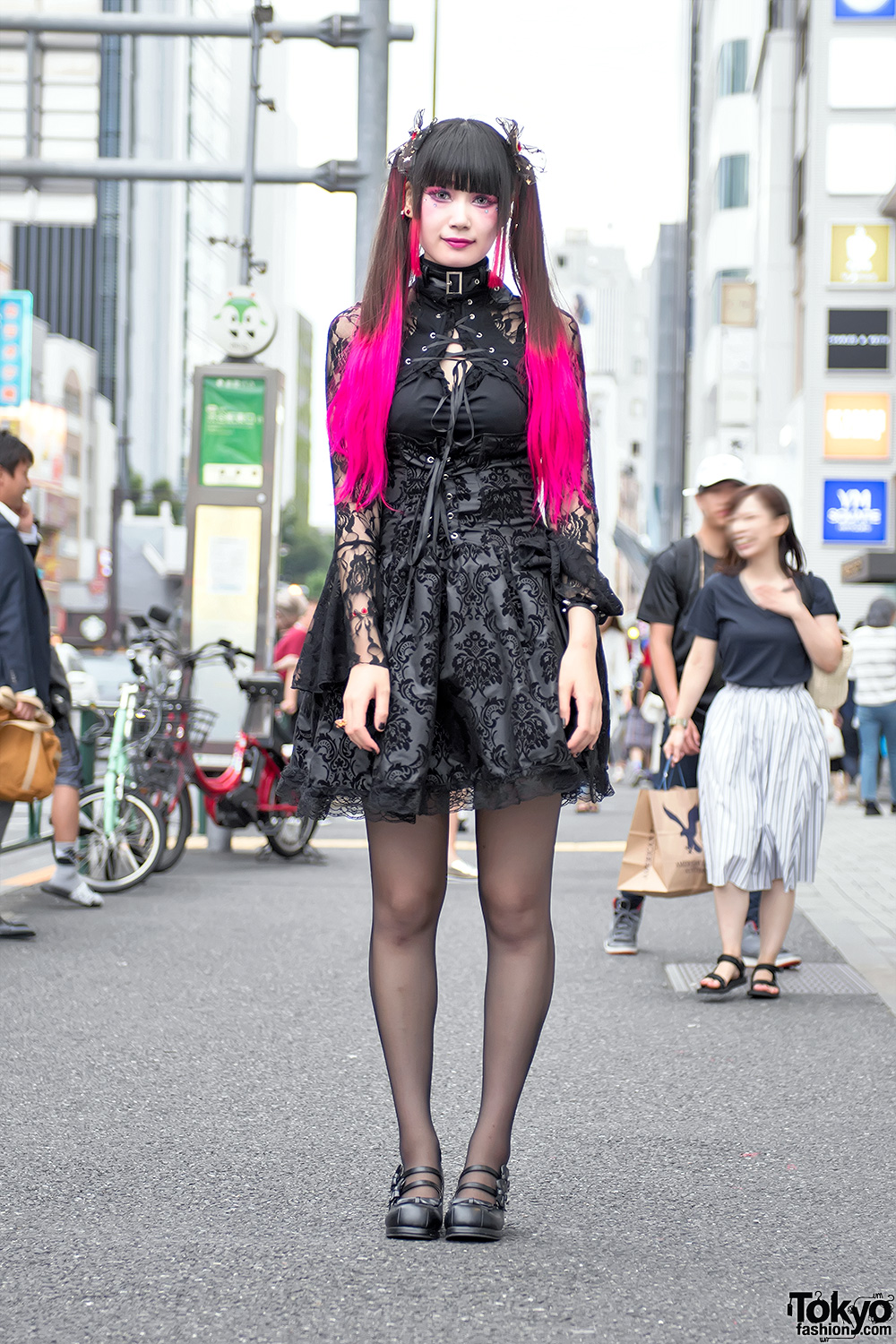 Pink Twintails, Gothic Harajuku Street Fashion & Heart ...
