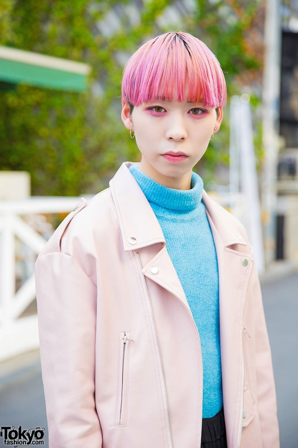 Harajuku Guy w/ Pink Hair & Pink Eye Makeup