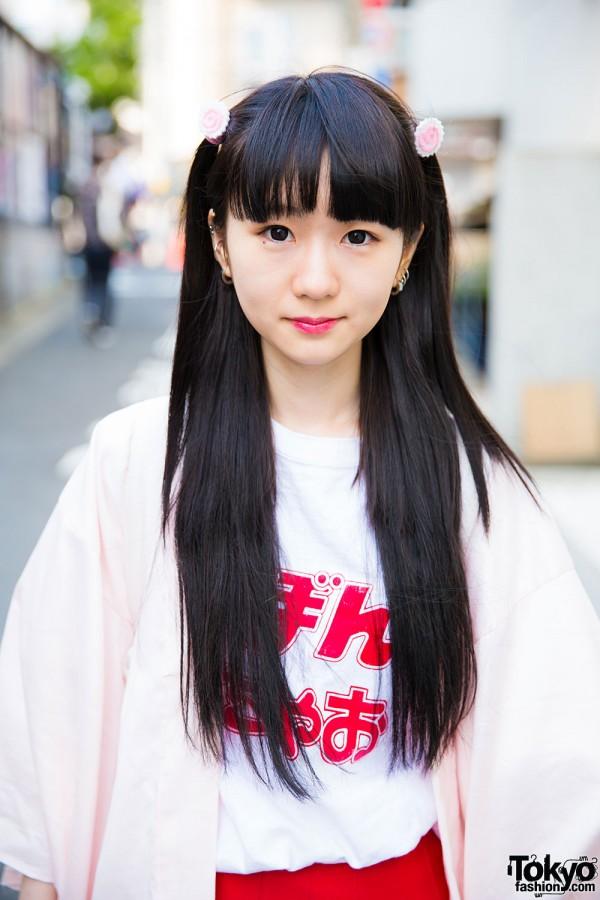 Harajuku Girl in Honwaka Pappa Tee