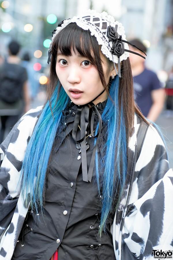 Blue hair with gothic katyusha