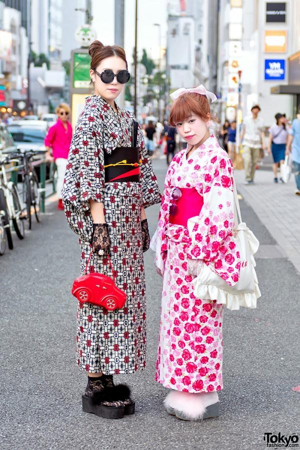 Harajuku Girls in Summer Kimono, Furry Sandals & Cute Accessories