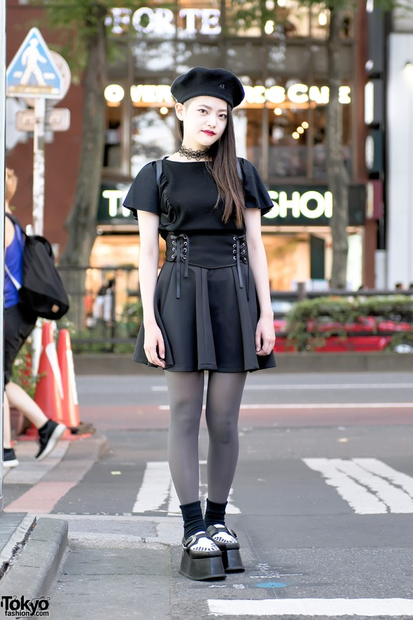 Monochrome Harajuku Street Style w/ Pameo Pose Platform Creepers, Corset & Lace Choker