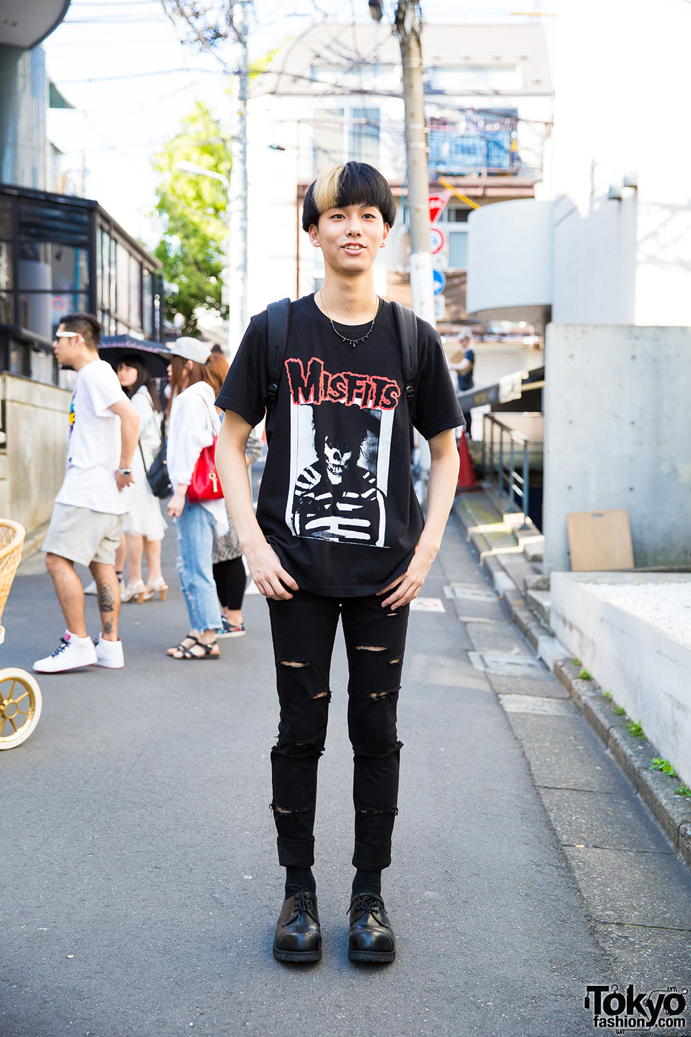 Harajuku Guy In Misfits T Shirt Amp Uniqlo Ripped Jeans